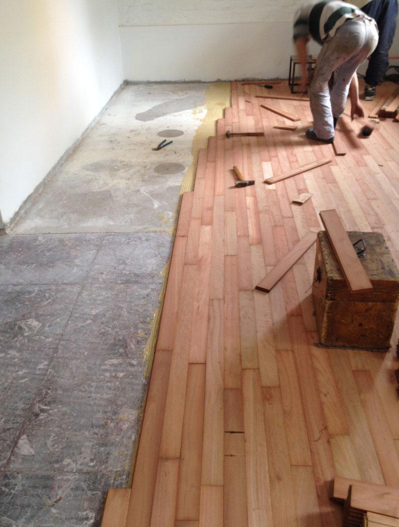 Plastificadora argentina instalaci n pisos de madera for Pisos de bar madera