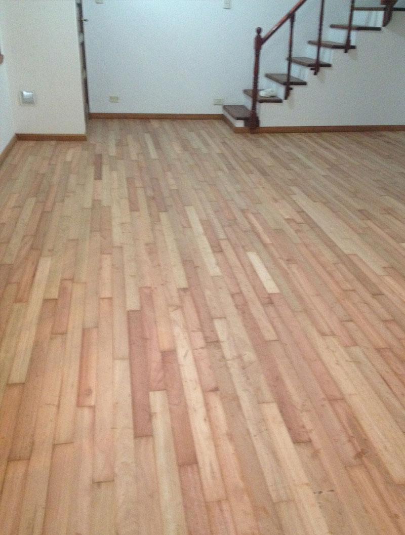 Plastificadora argentina instalaci n de piso de madera for Zocalos de madera para pisos